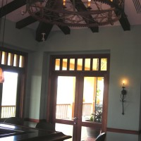 2-Glass-and-Ceiling-Support