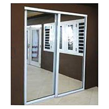 Set puertas de espejo blanca liviana light duty madeco for Ideas puertas de closet